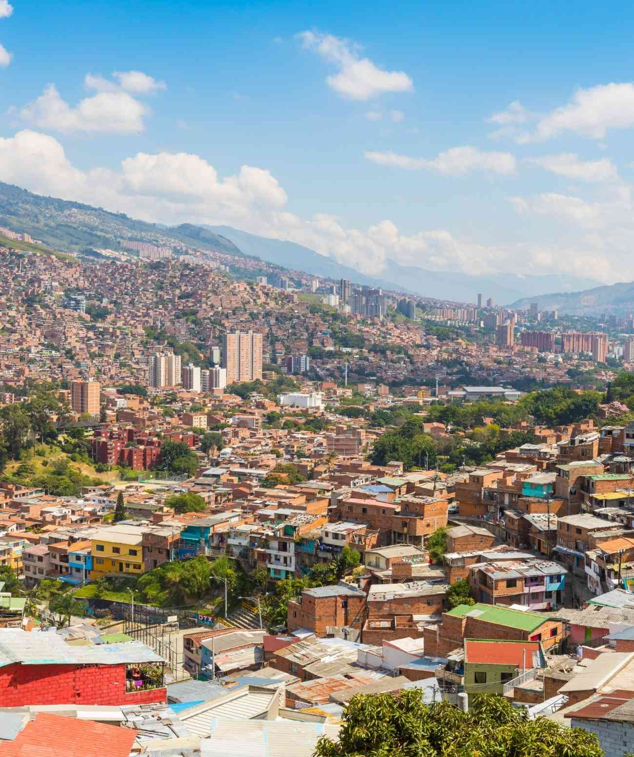 digital nomad guide medellin colombia