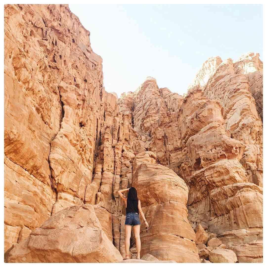 solo female travel in jordan