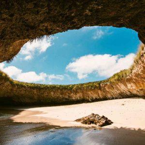 Marietas Islands tour with secret beach